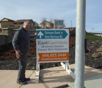 real estate directional outdoor signs